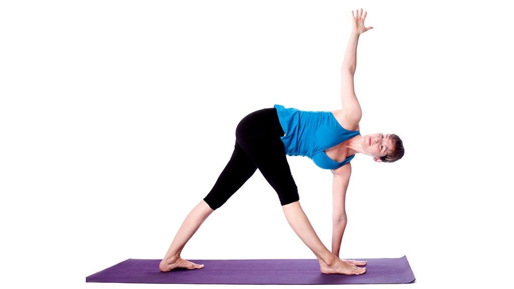 Parivrtta Trikonasana: Revolved Triangle Pose