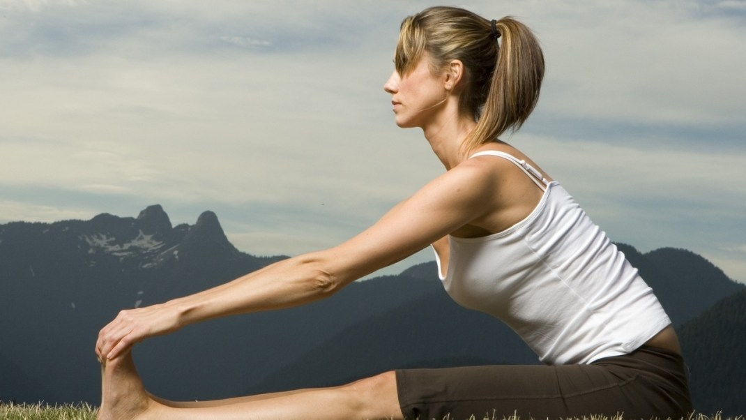 Dangers of Lumbar Flexion in Yoga