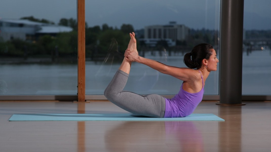 5 Yoga Poses to Boost Your OM-munity