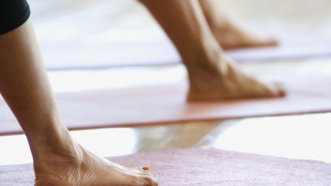 5 Things to Never Do in a Yoga Class