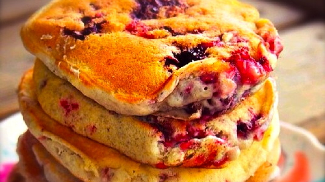 Zain's Vegan Mixed Berry Pancakes