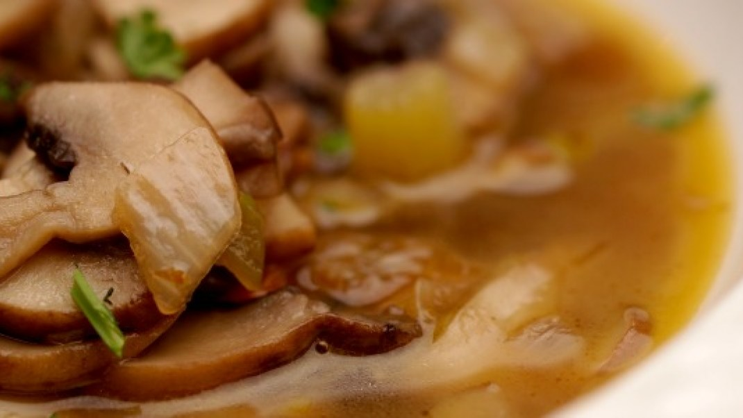 Conscious Cooking: Mushroom Broth