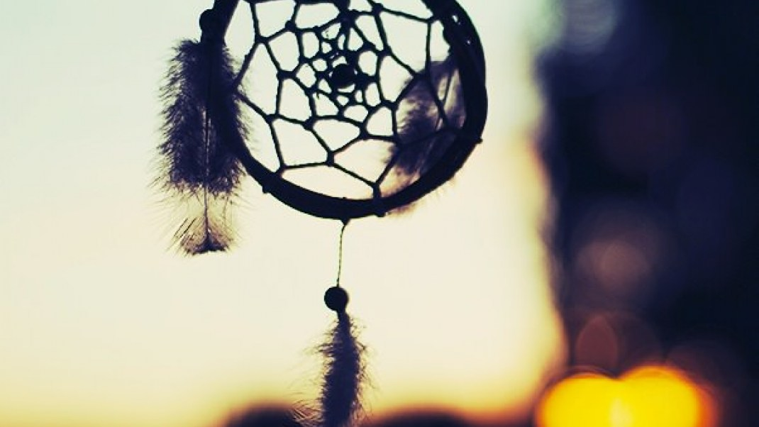 Make a traditional dreamcatcher with this simple DIY tutorial