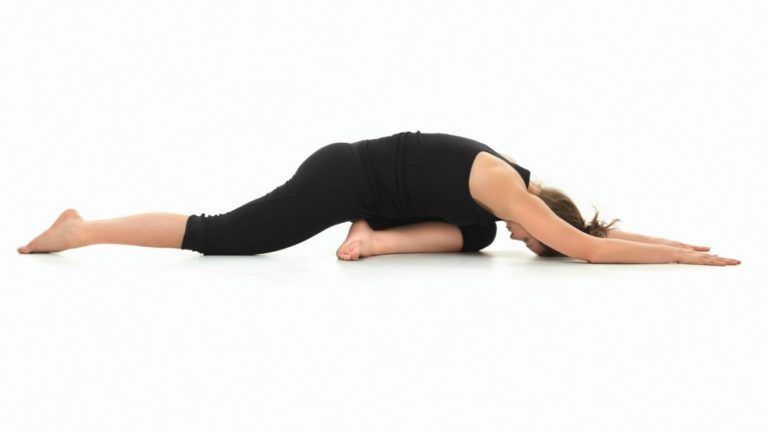 article-migration-image-passive-stretch-to-open-hips.jpg