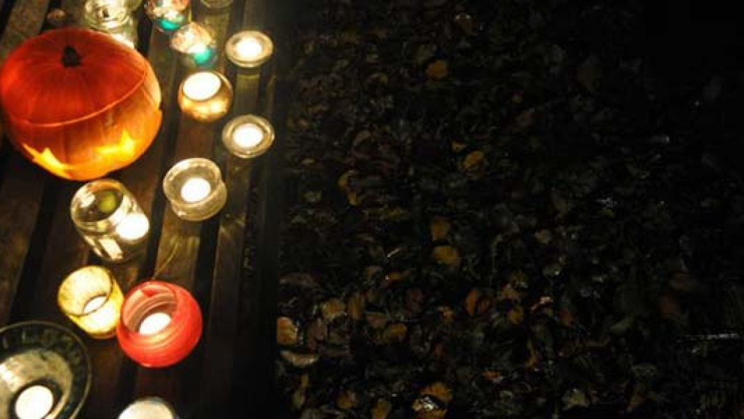 Lighting Funeral Pyre To Bring Closure >> Not Into Halloween Here Are 13 Rituals To Celebrate Samhain Gaia