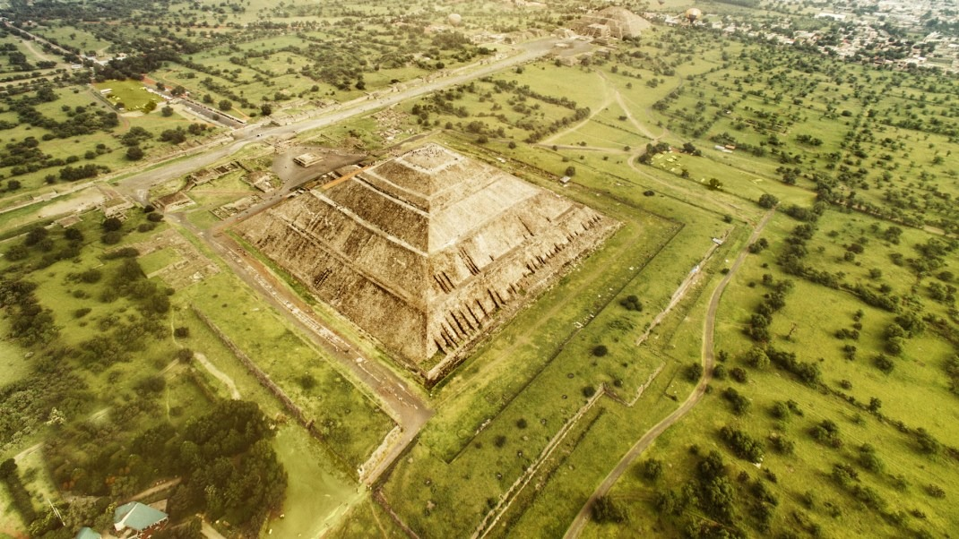 Teotihuacán: City of the Gods or Ancient Spaceport?