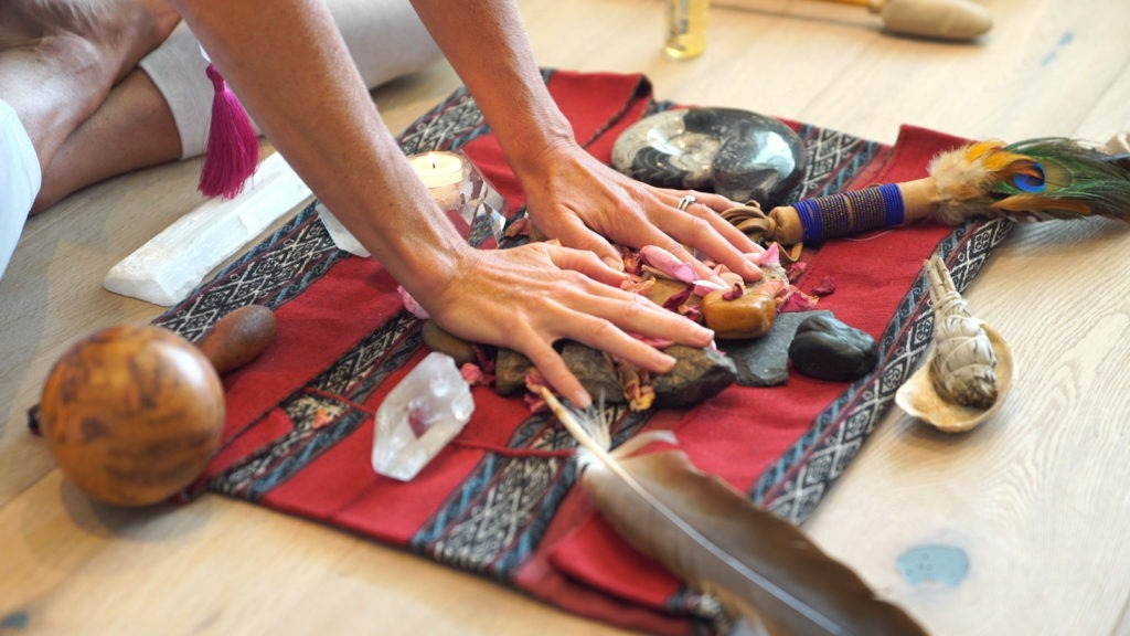 How to Hold a Four Directions Ceremony | Gaia