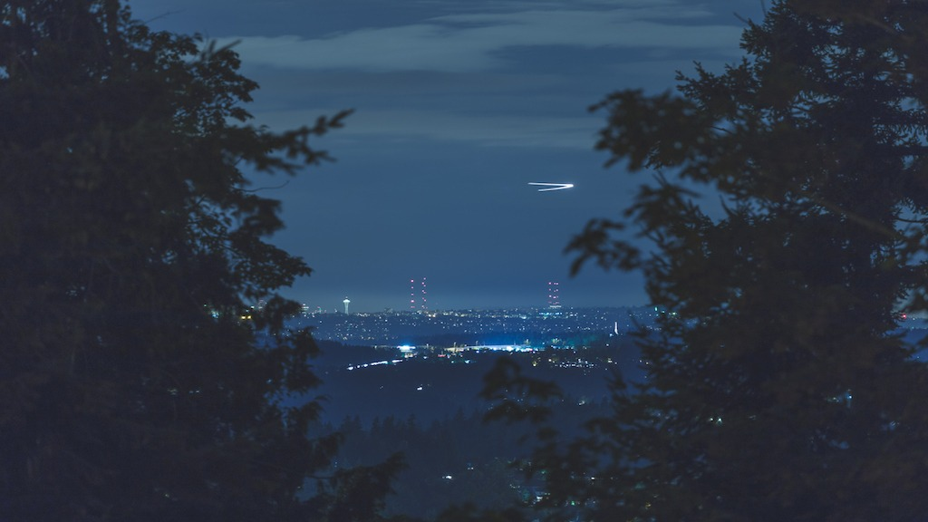 3 Commercial Airlines Report UFO Sighting Over Ireland Airport