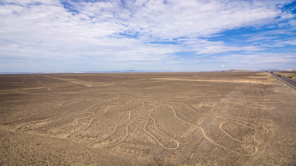 Artificial Intelligence Uncovers More Than 140 New Nazca Lines