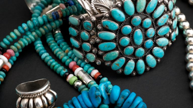 native-american-jewelry-jewellery-picture-id119709533