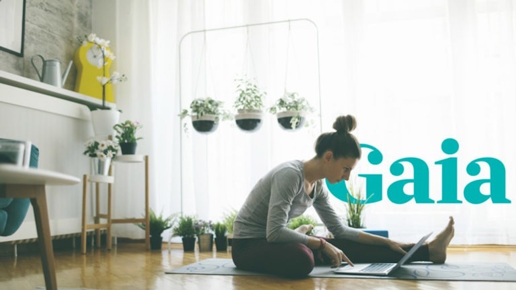 Why My Favorite Yoga Studio is at Home: The Benefit of Online Yoga
