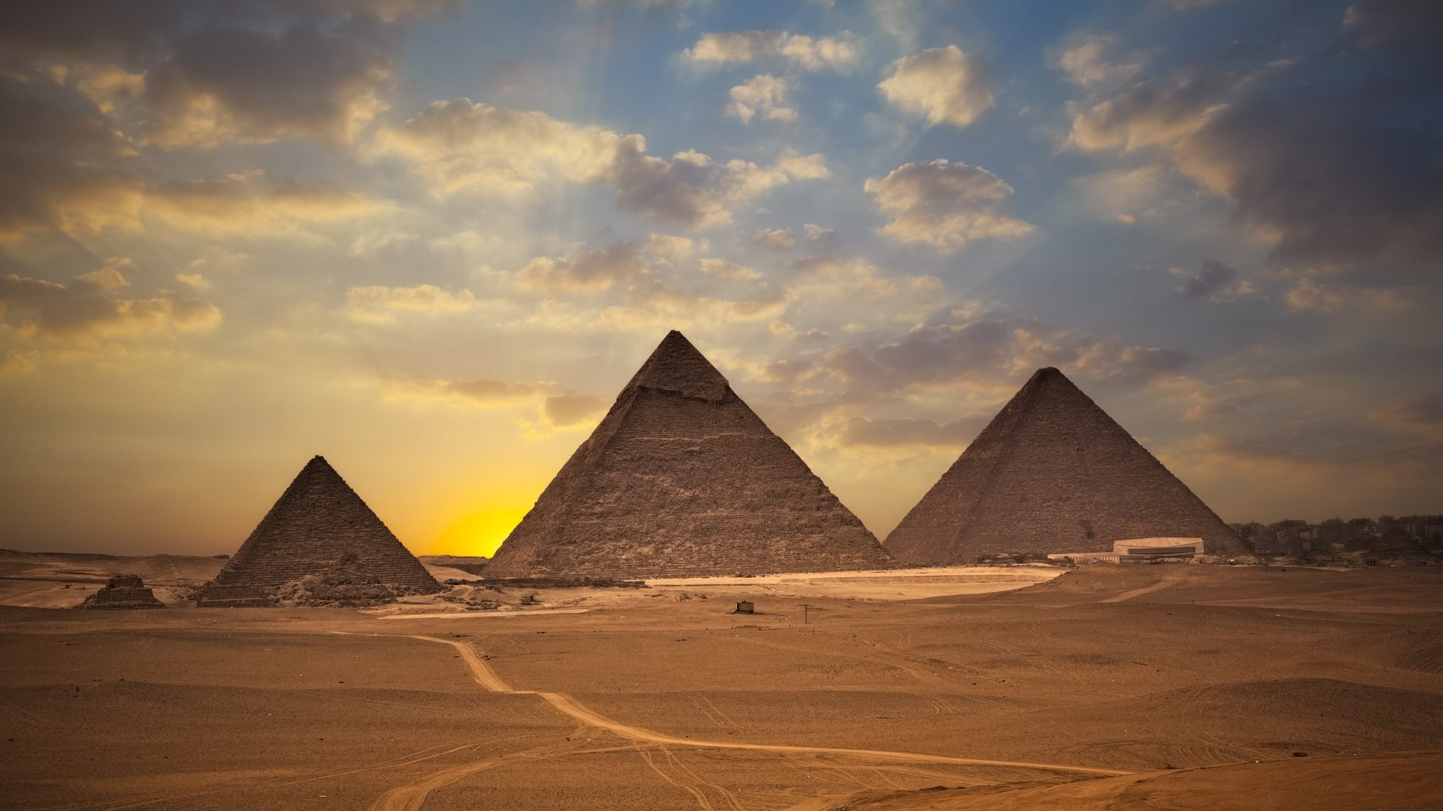 Void Discovered in Great Pyramid; Is Mainstream Egyptology Still Credible?